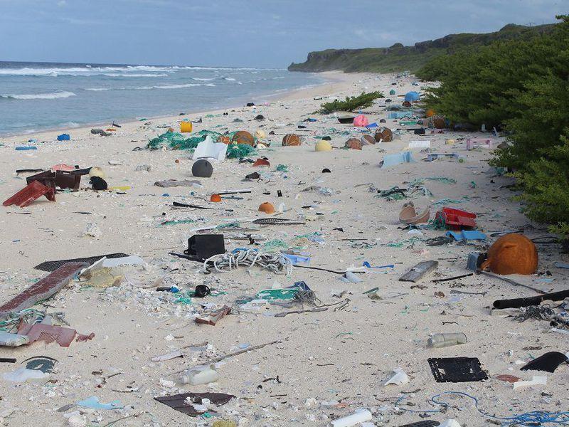 henderson_island--plastic